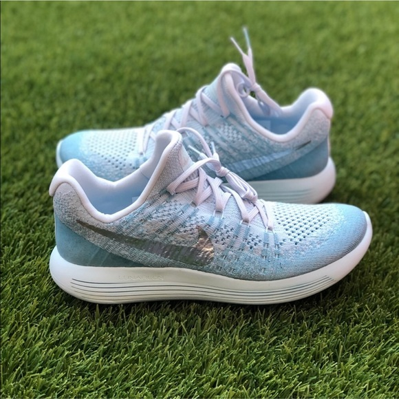 Nike Shoes - ☘️MAKE YOUR OFFER☘️ Nike Lunarepic Low Flyknit 2